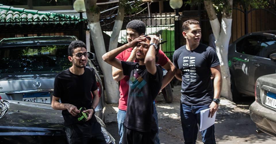 مروحة سقف تسقط على طالب في لجنة امتحانات الثانوية العامة