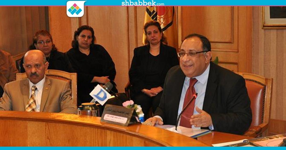 رئيس جامعة حلوان يكشف تفاصيل جديدة عن حادثة تسمم طالبة من كافتيرية «وتش»