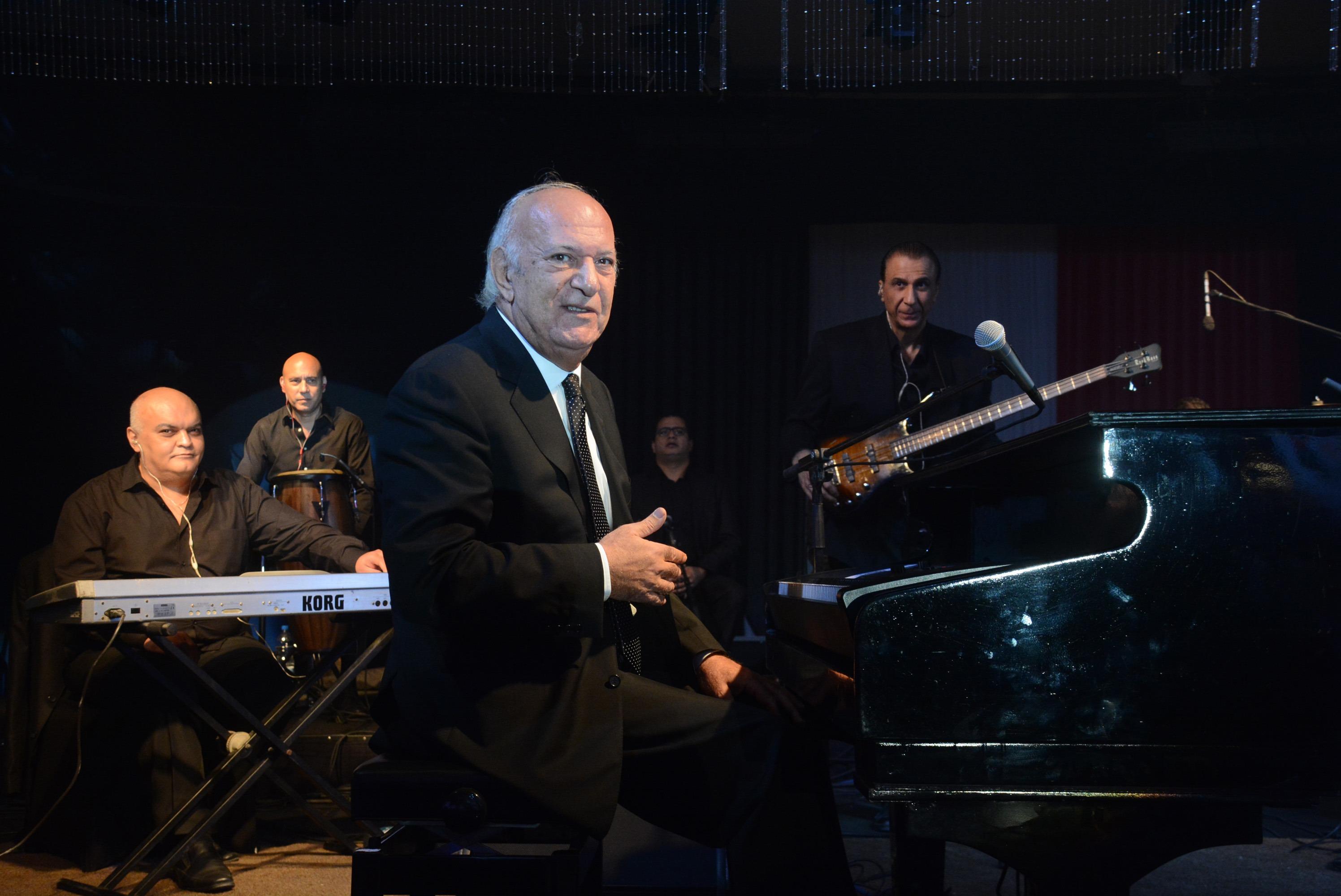 الليلة.. حفل للموسيقار عمر خيرت في جامعة القاهرة