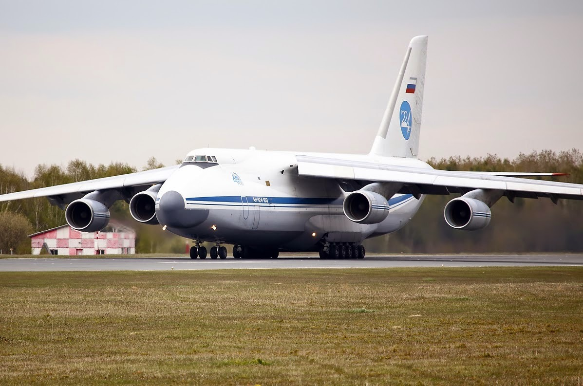 الإبلاغ عن وجود عبوة ناسفة في طائرة قادمة إلى مصر من أوكرانيا