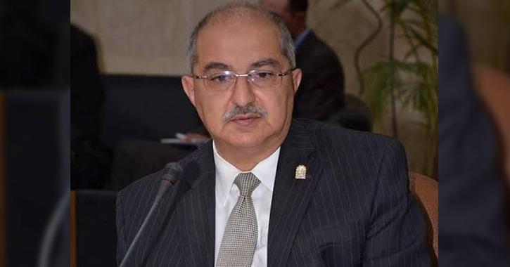 رئيس جامعة أسيوط ينفى تأجيل الامتحانات ويعلن رفع حالة الطوارئ بالمستشفيات