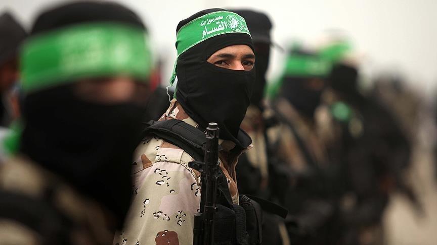 عائلة فلسطينية تعدم أحد أبنائها بتهمة التخابر مع إسرائيل