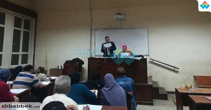 رئيس اتحاد كلية دار علوم القاهرة طالب بالفرقة الأولى