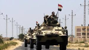 http://shbabbek.com/upload/شاهد| جندي مصري داخل دبابة يصطاد «سيارة مفخخة» بالعريش