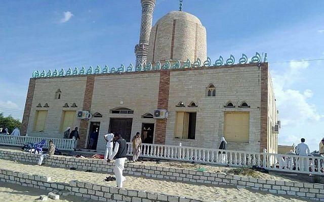 ناشط من غزة يحكي موقفا لأهالي «مسجد الروضة» مع حجاج فلسطين هذا العام