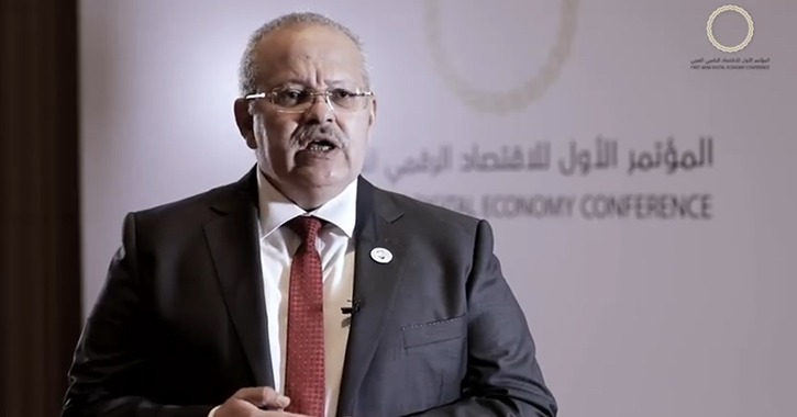 رئيس جامعة القاهرة يتفقد لجان امتحانات الطلاب ويكشف موعد إعلان نتائج الترم الأول