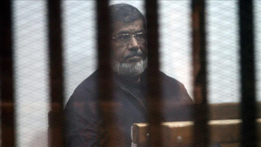 كواليس وفاة محمد مرسي من داخل المحكمة يرويها محاميه