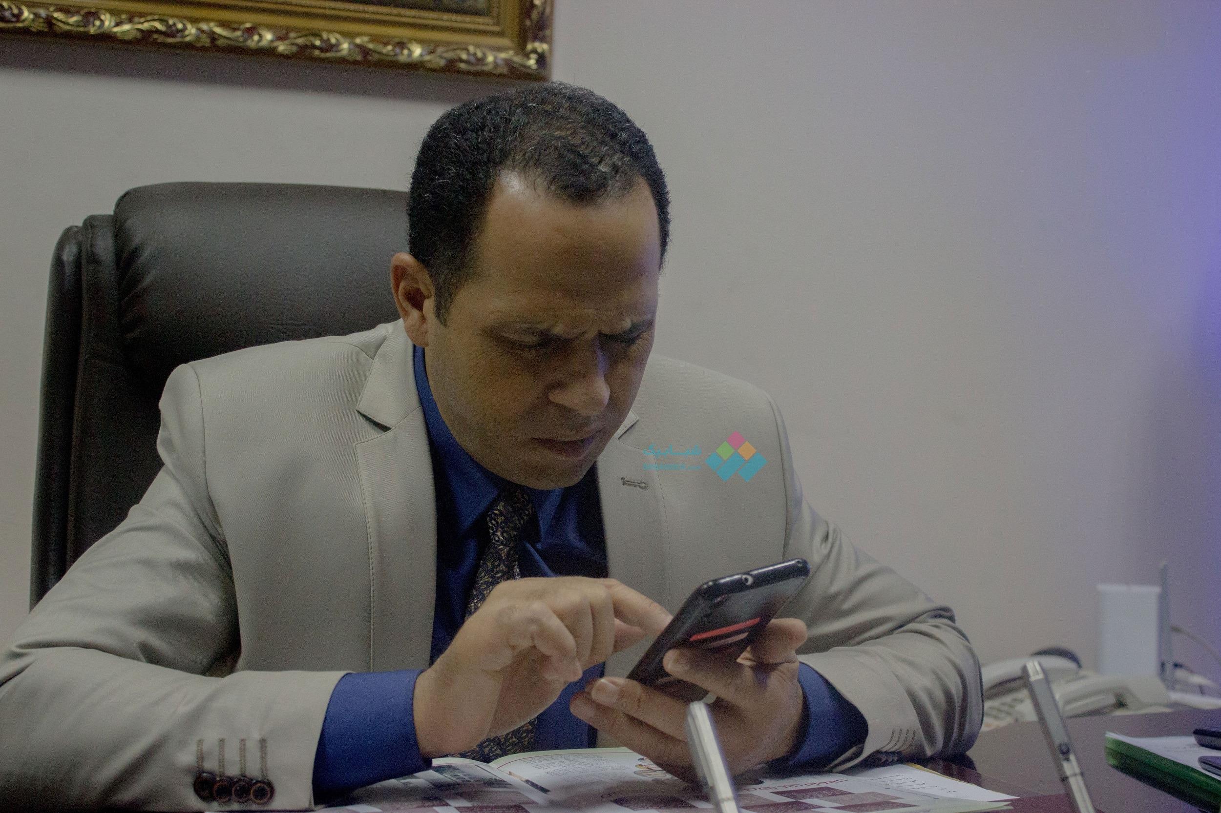 حبس رئيس جامعة دمنهور وعزله من منصبه