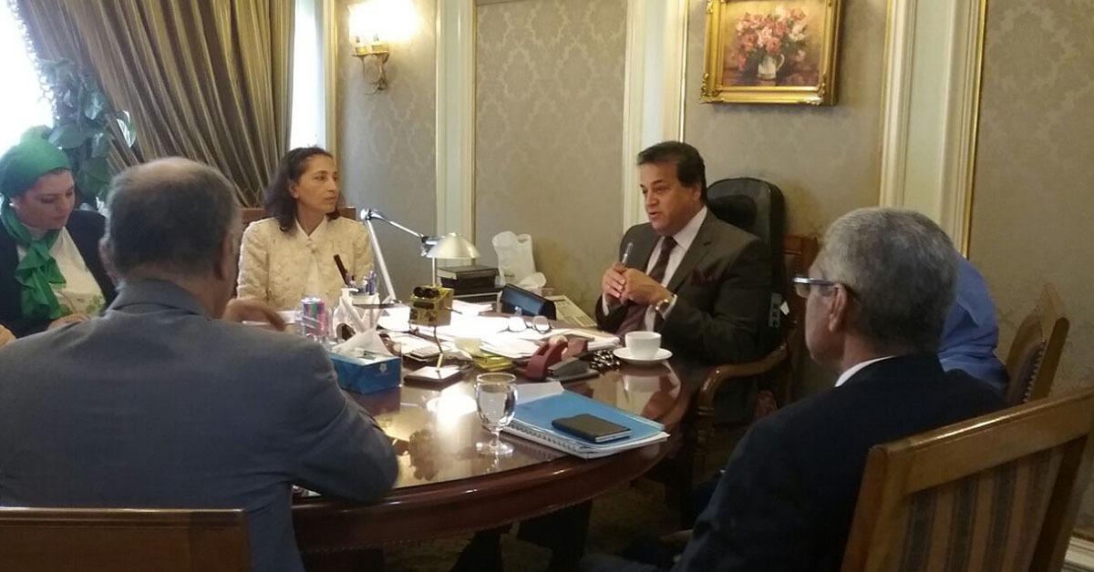 وزير التعليم العالي يصدر قرار بتعيين 110 قيادة إدارية وعضو هيئة تدريس