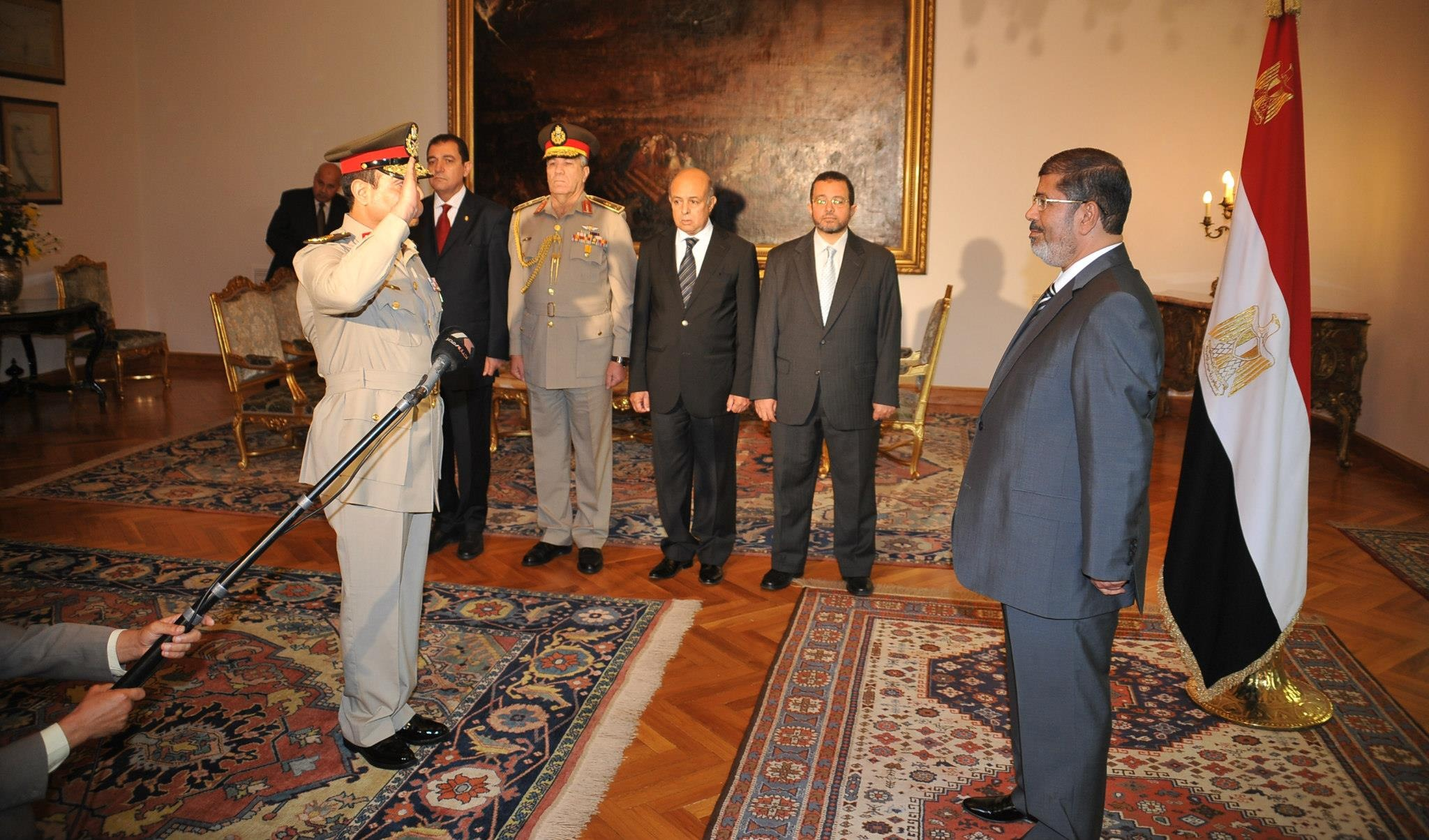قائد سابق بالجيش يكشف كواليس حكم مرسي.. وينقل رسالة «عارف بالله» للسيسي قبل 30 يونيو
