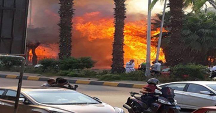 حريق في مول تجاري بشرم الشيخ بسبب ارتفاع درجات الحرارة اليوم (صور)