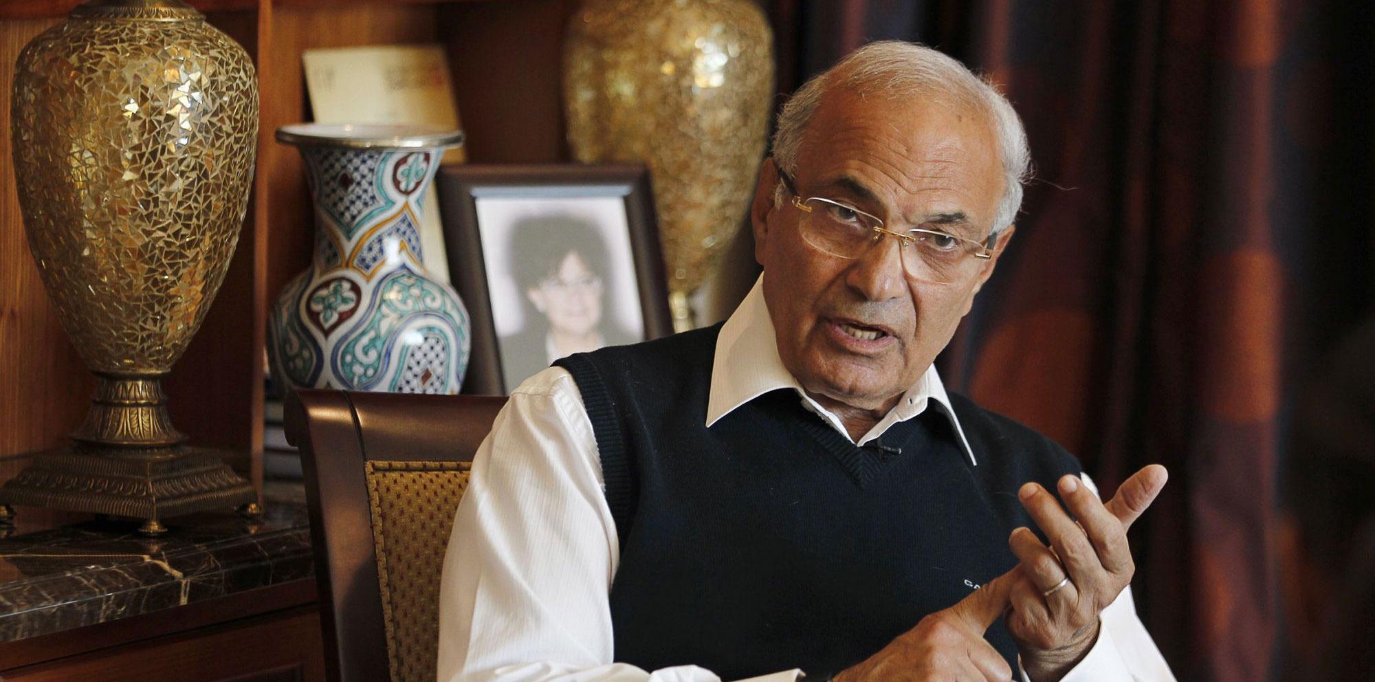 رويترز: السلطات المصرية تلقي القبض على 3 من مؤيدي أحمد شفيق