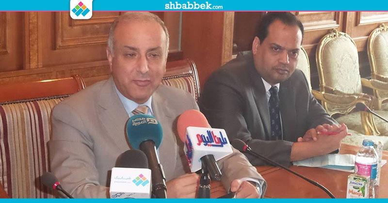 وزير التعليم العالي يبحث تخفيض مصاريف طلاب مصر الدارسين بلندن