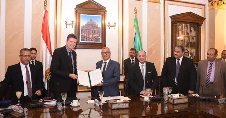 جامعة القاهرة توقع مذكرة تعاون مع جامعة هيريوت وات بالمملكة المتحدة
