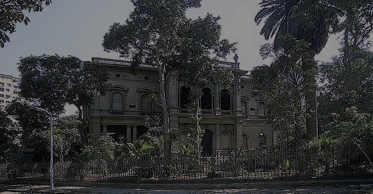 http://shbabbek.com/upload/جاردن سيتي.. حي الهوانم الذي سيطرت عليه الوزارات والسفارات