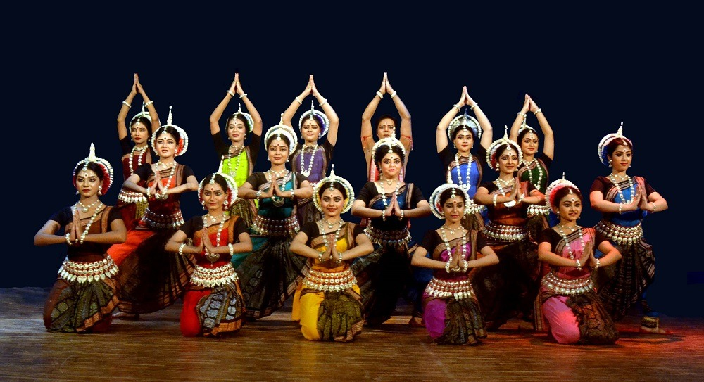 http://shbabbek.com/upload/خروجتك عندنا.. «هشام الجخ» و«علي الهلباوي» ومهرجان «الهند على ضفاف النيل»