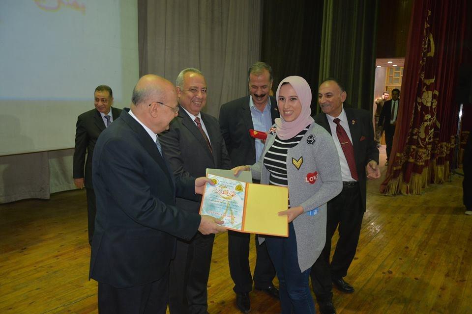 جامعة الزقازيق تكرم أبناء أعضاء هيئة التدريس
