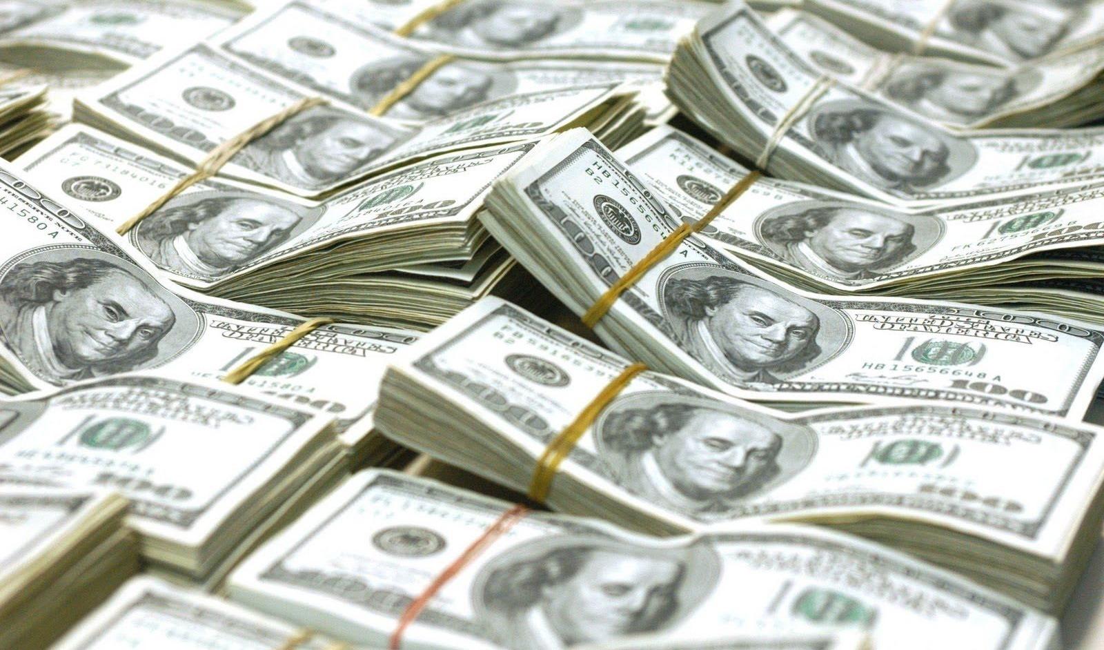 الدولار يسجل أعلى سعر 18.17 في تعاملات اليوم الأربعاء 14-6-2017