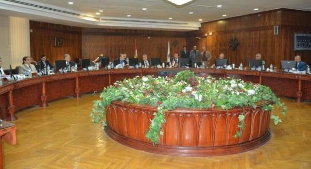 ترقية 13 عضو هيئة تدريس وتعيين 11 مدرس بجامعة طنطا