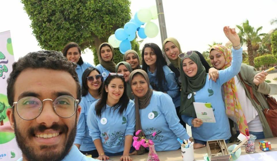 «هتلف وترجعلك».. حملة لطلاب جامعة حلوان لتدوير المخلفات