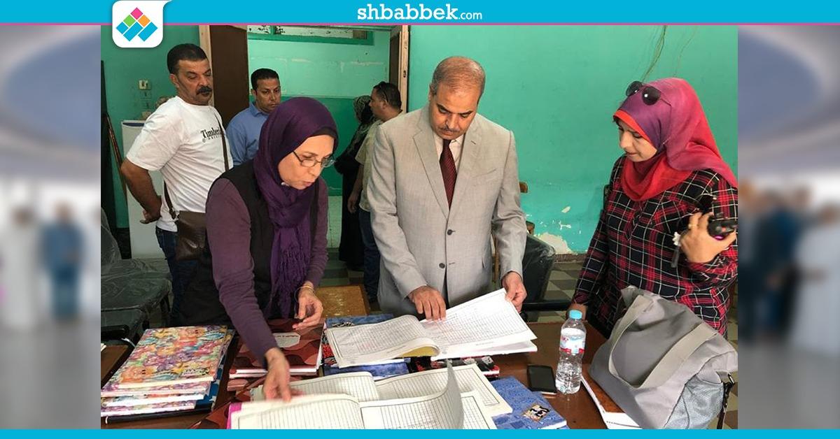 رئيس جامعة الأزهر يُفاجئ مدينة البنات ويفحص دفاتر التسكين