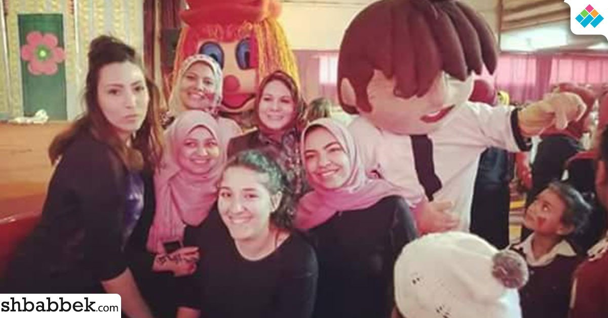 بالصور.. «بنات عين شمس» تحتفل بيوم اليتيم