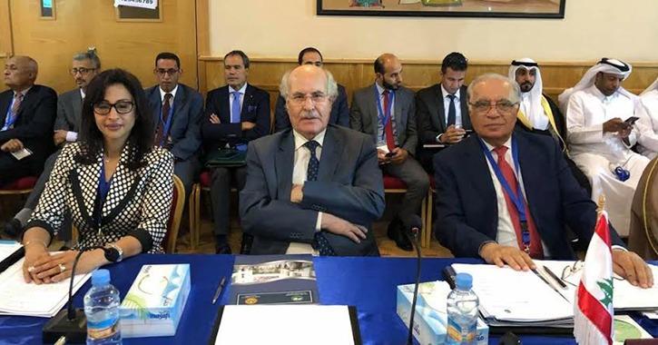 وزير التعليم العالي يستعرض تقريرا حول مشاركة مصر في مؤتمر «الكسو»