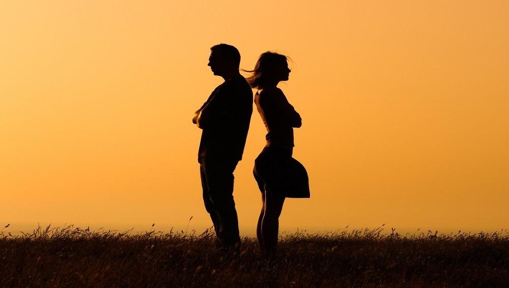 للمتزوجين.. هكذا تنسون المشاكل وتبدأون صفحة جديدة