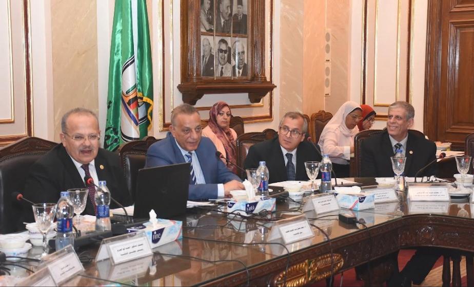 تفاصيل اجتماع وقرارات مجلس جامعة القاهرة 27-6-2018