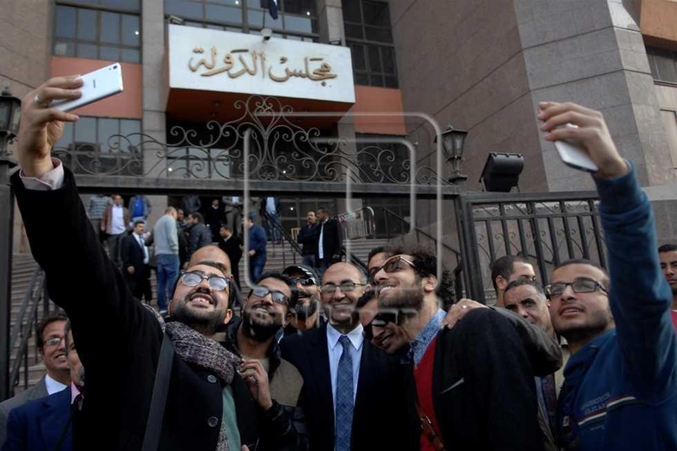 """صورة """"سيلفي"""" مع القاضي.. أحدث شروط القيد في نقابة المحامين"""