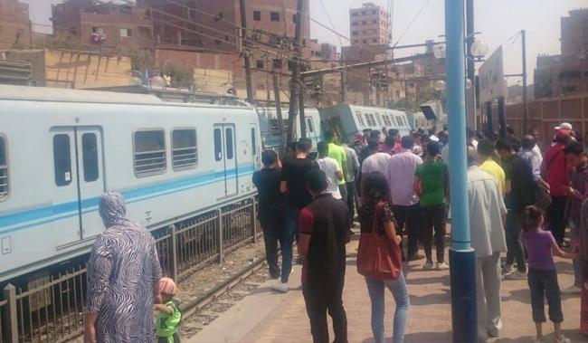 انقلاب عربة مترو في محطة المرج