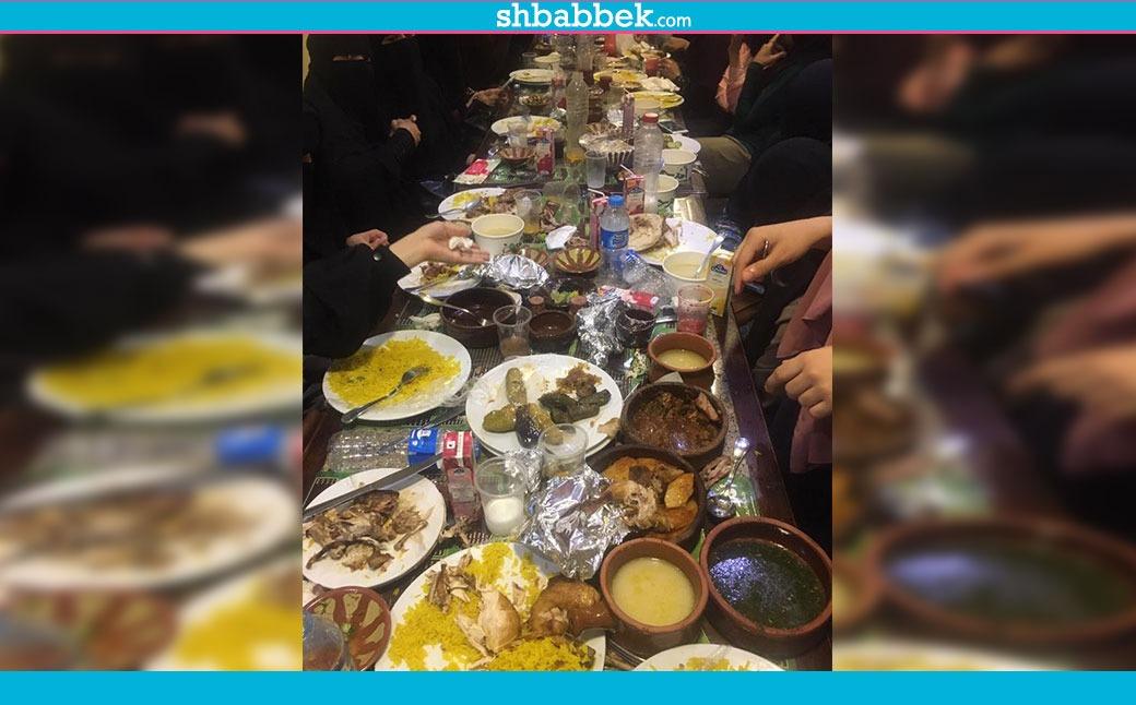 http://shbabbek.com/upload/مظاهرة إليكترونية ضد مطعم «أم حسن».. العمال اعتدوا على منتقبات بالضرب والتحرش