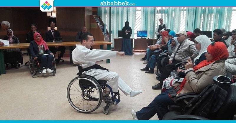 عروض «متحدي الإعاقة» بجامعة القاهرة