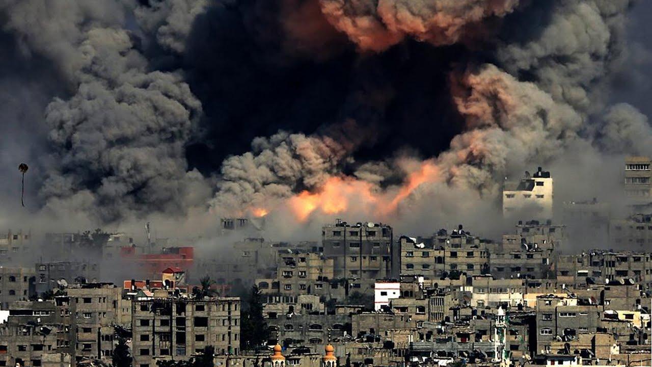 الآلاف يتضامنون مع الفلسطينيين بهاشتاج #غزه_تحت_القصف