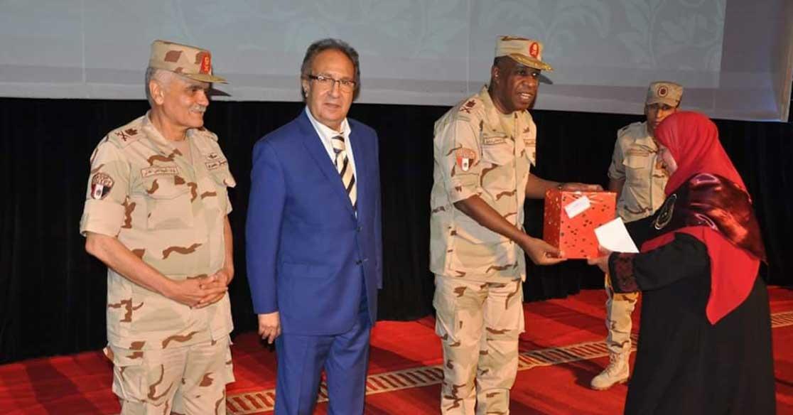 بالصور.. القوات المسلحة تنظم الندوة التثقيفية الثامنة بجامعة مصر للعلوم والتكنولوجيا
