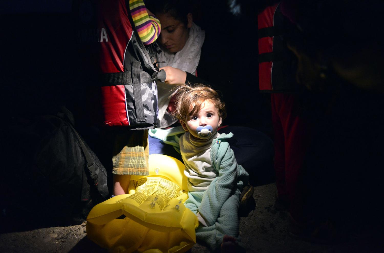صور| كيف يقضي اللاجئون السوريون الليل فى المهجر؟