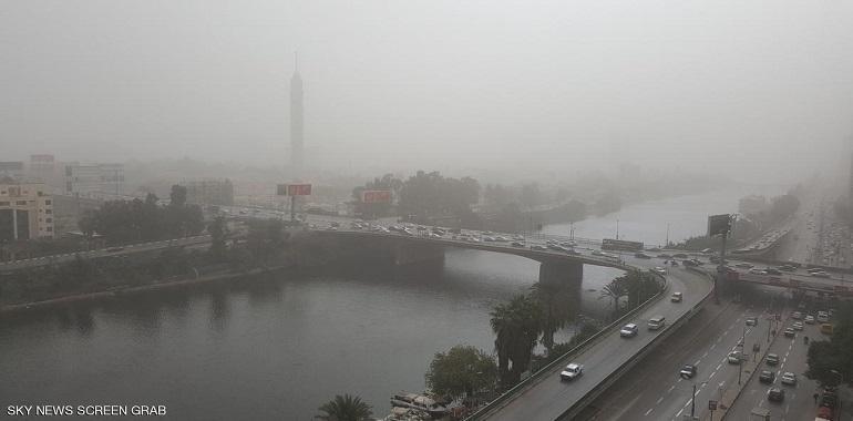 عاصفة ترابية تضرب مصر.. «نصائح تقولك تعمل إيه»