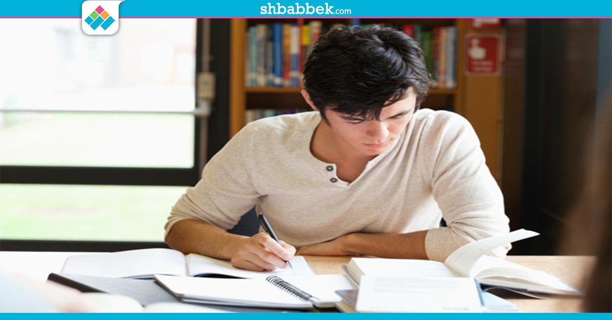 لطلاب الثانوية.. 5 خطوات لمراجعة المواد العلمية