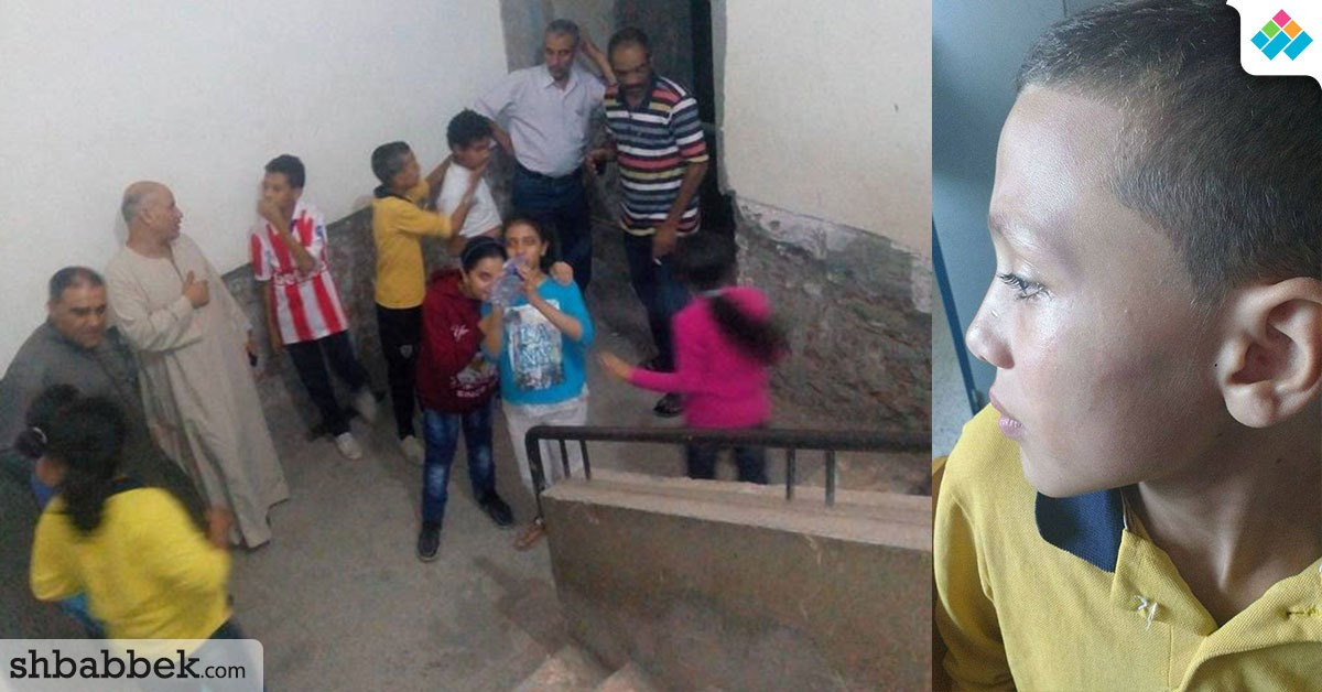 http://shbabbek.com/upload/ضابط شرطة يقتحم مدرسة بالمنيا ويعتدى على التلاميذ والمعلمين