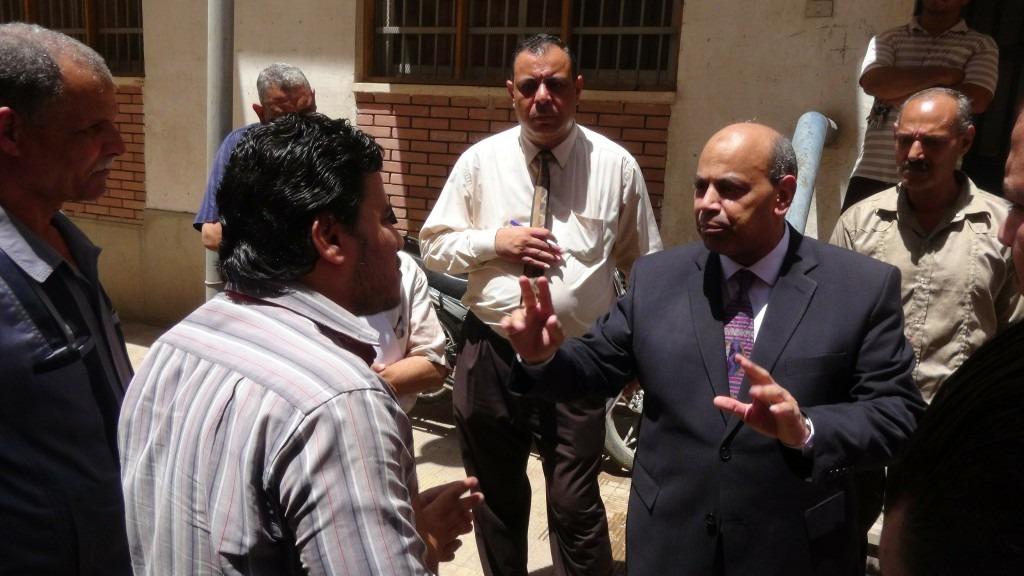 صور| نائب رئيس جامعة المنيا يتفقد المدن الجامعية والمطعم المركزي