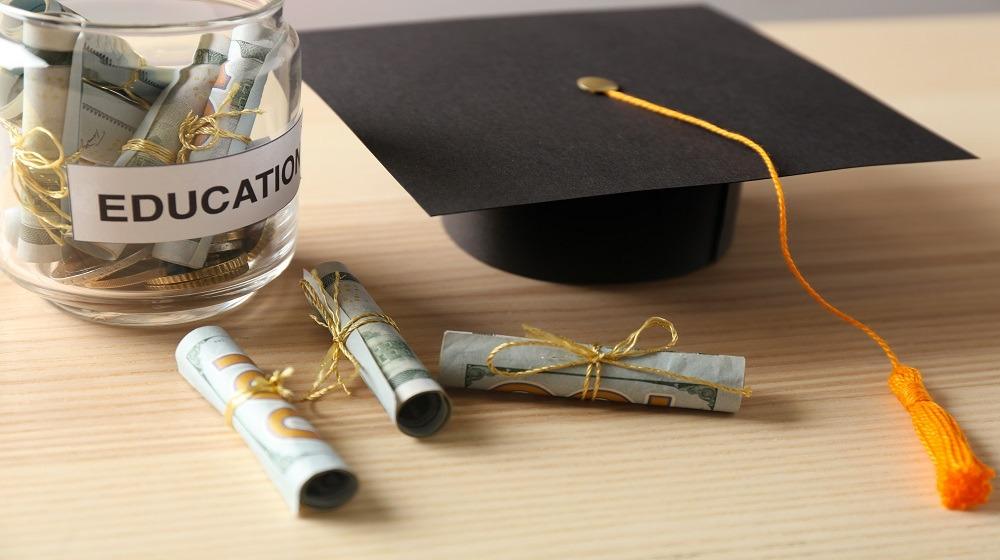 منح دراسية مجانية في 2018.. حقق حلمك مع أفضل جامعات العالم