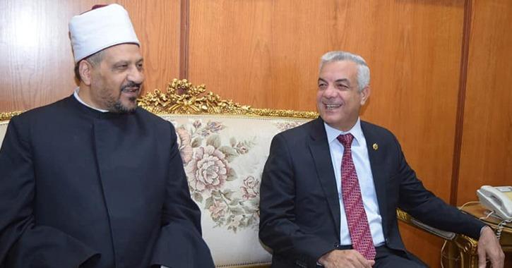 رئيس جامعة المنوفية يستقبل المستشار الأكاديمي لمفتي الجمهورية