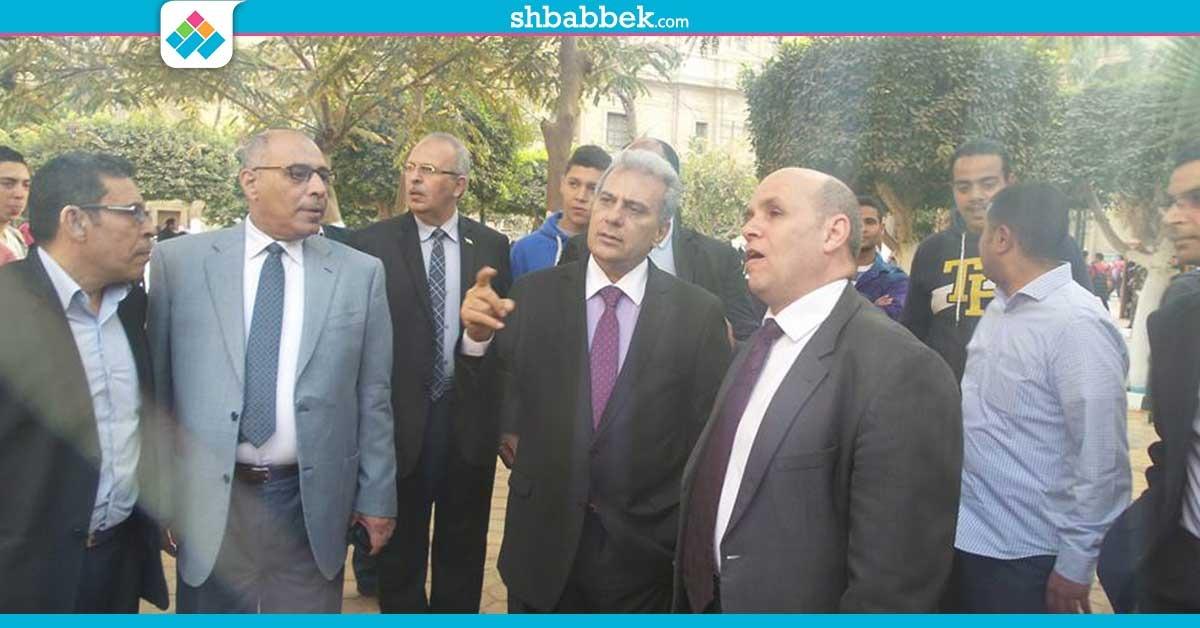 http://shbabbek.com/upload/صور| رئيس جامعة القاهرة يفتتح أعمال تطوير ساحة «حقوق القاهرة»