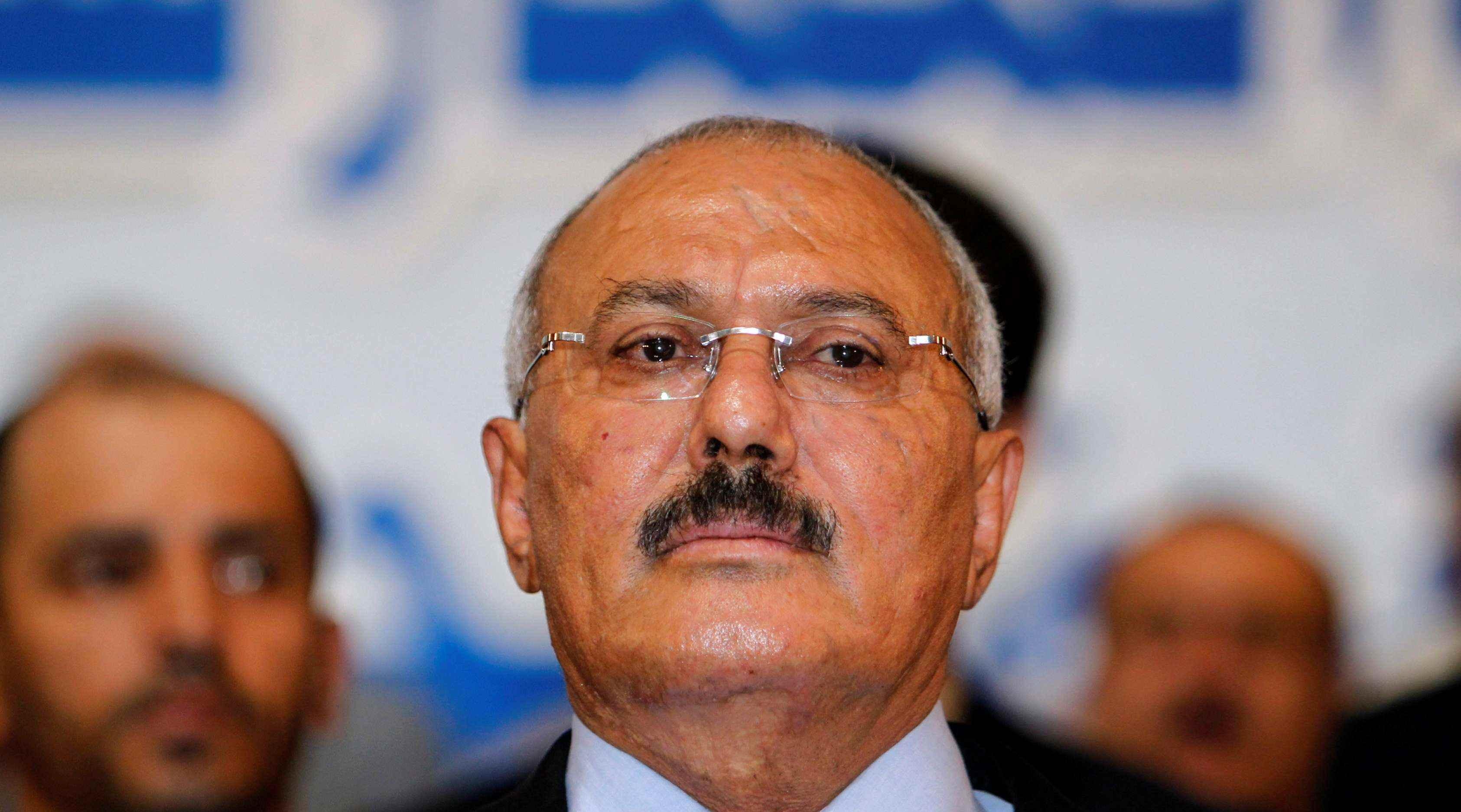 «مهووسون في السلطة.. تحليل نفسي لزعماء استهدفتهم ثورات 2011» علي عبدالله صالح