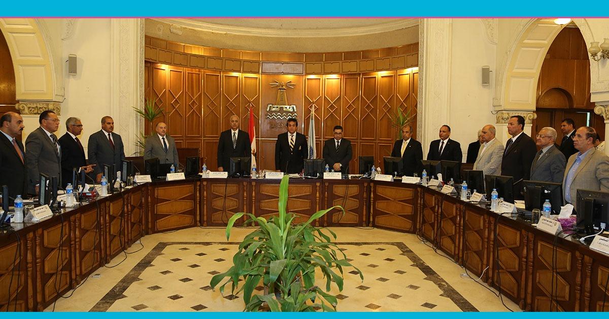 دقيقة حداد على ضحايا القطارات في اجتماع المجلس الأعلى للجامعات