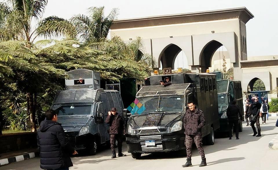 http://shbabbek.com/upload/القدس تكشف الغضب المكتوم.. كيف ظهر طلاب الجامعات بعيدا عن أعين قادتهم؟ (فيديو)