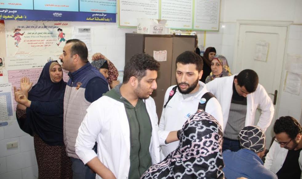 جامعة كفر الشيخ تطلق قافلة طبية بقرى المحافظة (صور)