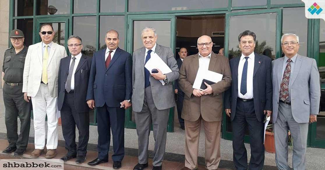بالصور.. مستشار رئيس الجمهورية يشيد بمستشفى جامعة الأزهر التخصصي