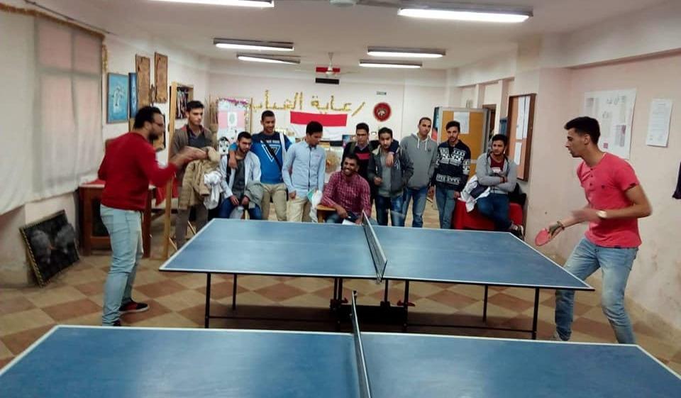 90 طالبا وطالبة يشاركون في الدوري الرياضي بـ«بيطري بنها»