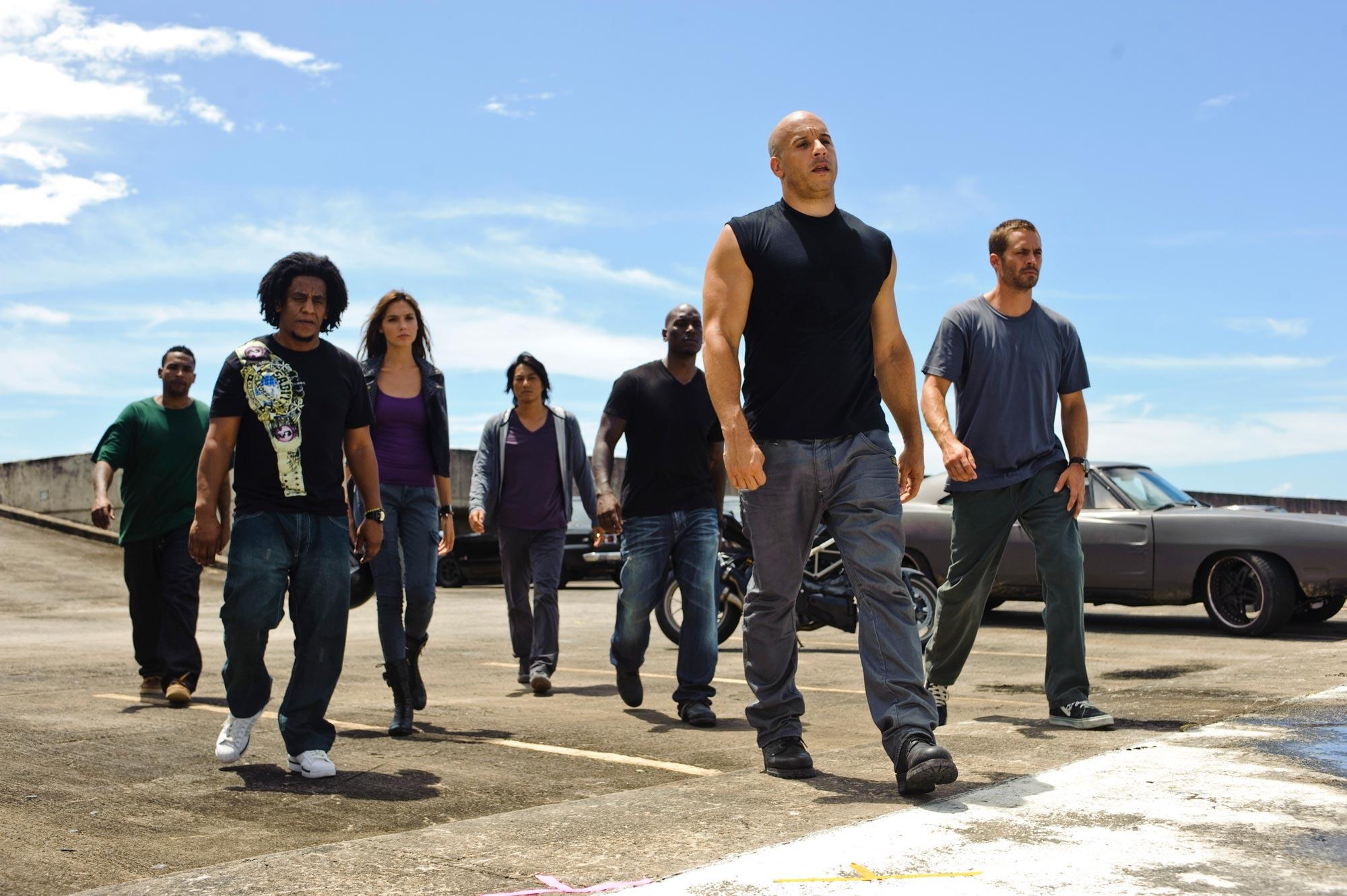 فيلم السهرة.. عالم العصابات في «Fast & Furious 6»